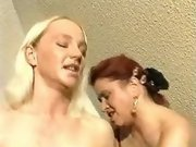 Pregnant lady gets cumload on belly